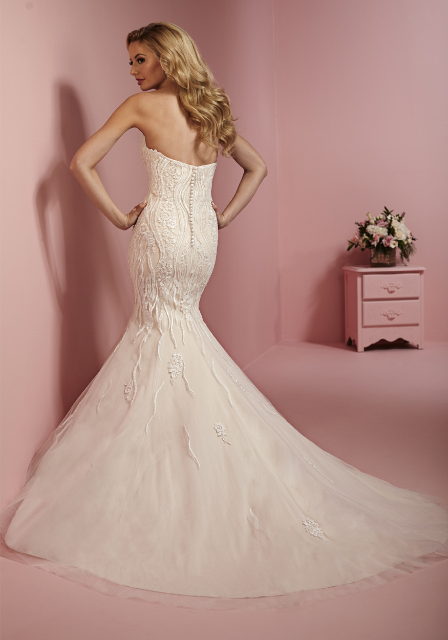 Attractive Donde Puedo Vender Mi Vestido De Novia Mold - Wedding ...
