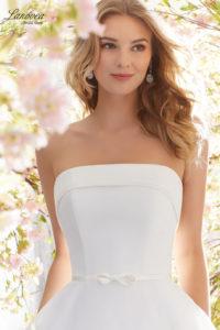 Vestido delicado de novia