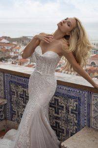 Fino encaje en traje de novia